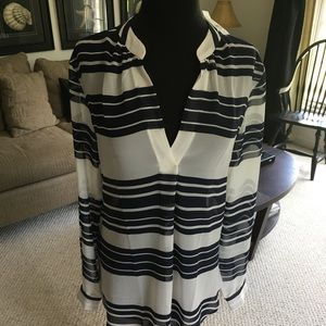 Loft (NWT) navy and off white stripe tunic